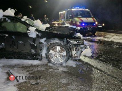 В аварии пострадали трое человек