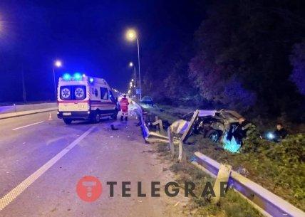 Машина слетела с дороги в кювет в Киеве