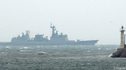Эсминец США снова попал под ракетный обстрел возле Йемена