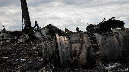 Премьер-министр Украины пообещал поддержку родственникам погибших в сбитом ИЛ-76