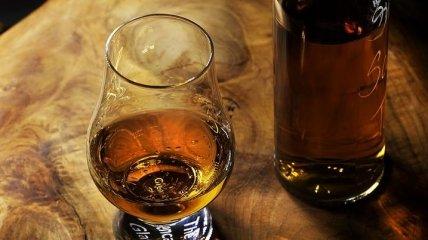 Наука, которую мы заслужили: ученые придумали способ проверить подлинность виски с помощью лазер