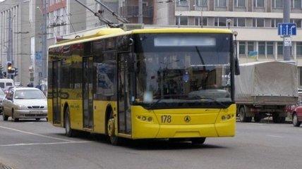 В Киеве 9-10 марта будут изменены маршруты нескольких автобусов и троллейбусов