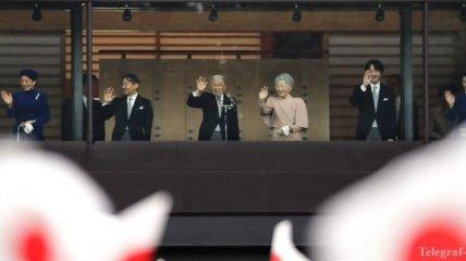 Император Японии выступил с последним обращением