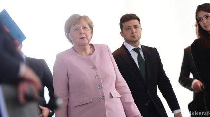 """""""Важно для людей"""": Зеленский рассказал Меркель о новых участках разведения сил"""