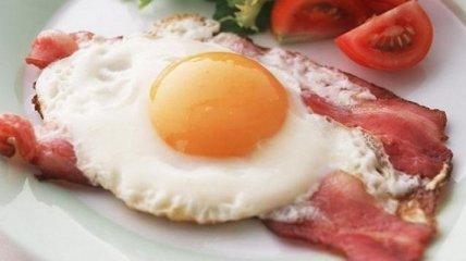 Врачи назвали веские причины, почему нужно есть на завтрак яйца
