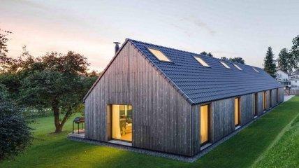 Потрясающий домик, который напоминает сарай (Фото)