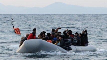 Біля берегів Лівії затонув човен з двома десятками мігрантів