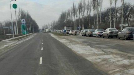 Унижения, очереди и подвалы: в сети показали реалии жизни в Донецке и Горловке