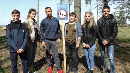 """""""За чистые обочины"""": черкасские подростки приобщились к всеукраинской эко-акции"""