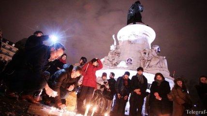 Во Франции сегодня начинается трехдневный траур