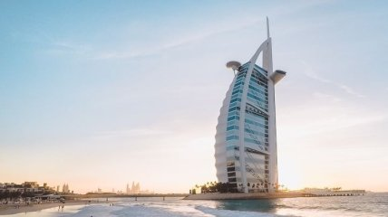 Украинки могут попасть в тюрьму из-за голых фото в Дубае