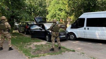 """Возомнили себя """"Робин Гудами"""": банда несколько лет грабила богатых украинцев, но их """"благие намерения"""" оказались жестоким обманом (фото)"""