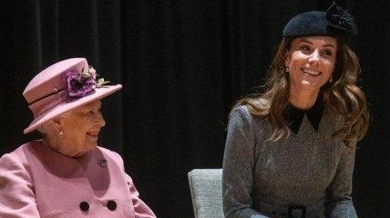 Кейт Миддлтон получила особенный подарок от королевы Елизаветы
