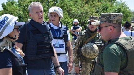 Миссия ОБСЕ зафиксировала обстрел школы в оккупированной Михайловке