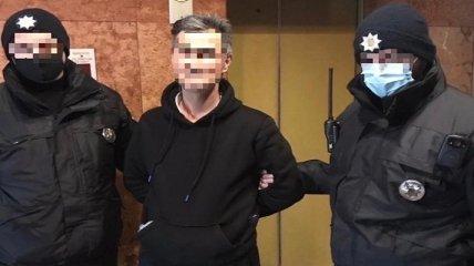 Увидел в халате и начал приставать: в Ужгороде арестовали тренера, пытавшегося совратить 14-летнюю подопечную