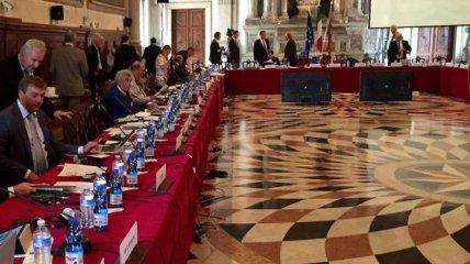 Венецианская комиссия рассмотрит легитимность российской делегации в ПАСЕ