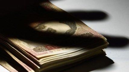 """В """"Борисполе"""" на взятке поймали главного инспектора таможенного поста"""