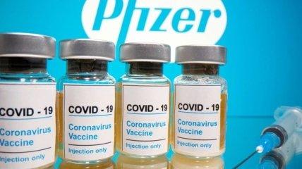 В Украине назвали организатора подпольной VIP-вакцинации и показали фото вакцины