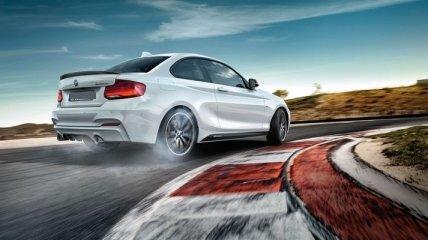 Бренд BMW намерен заменить руль двумя джойстиками
