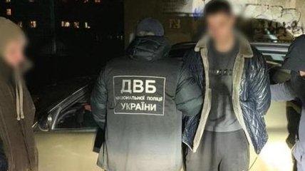В Николаеве двое патрульных распространяли марихуану