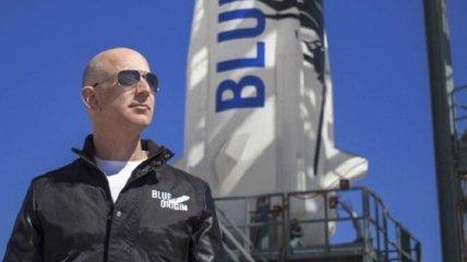 Богатейший человек на Земле летит в космос (полное видео)