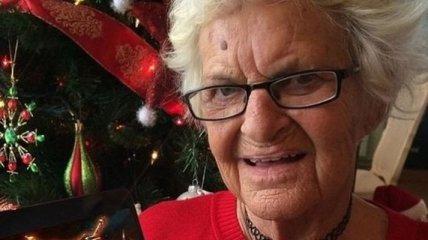 """86-летняя """"крутая"""" бабушка постит отвязные фото в Instagram (Фото)"""