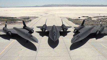 Стратегический разведчик Blackbird во всей своей красе (Фото)
