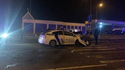 Появилось видео момента, как патрульная полиция угодила в смертельную аварию под Одессой