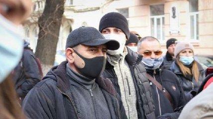 В Черновцах подняли бунт против жесткого карантина: фото и видео протестов