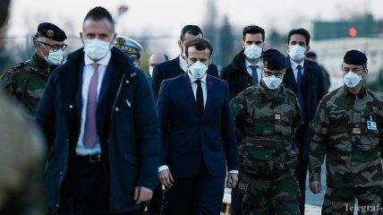 Во Франции Макрон объявил военную операцию
