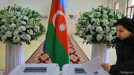 В Азербайджане партия президента победила на парламентских выборах