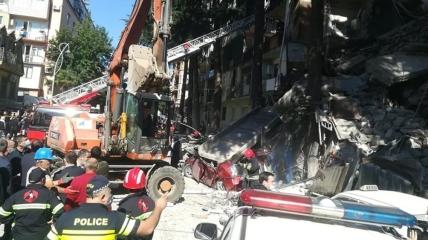 В Грузии около полудня рухнул жилой дом