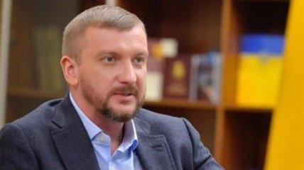 Министр юстиции задекларировал более 2,4 млн грн доходов