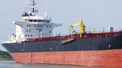 Флот Египта удерживает танкер Sea Shark с украинцами: капитан просит о помощи
