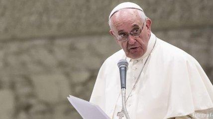 В Ватикане опровергли слухи об опухоли мозга у Папы Франциска
