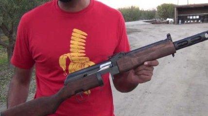 YouTube-пользователь собрал уникальную винтовку из разного оружия (Видео)