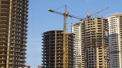 В Харькове расследуют самовольное сооружения 9-этажки в центре города