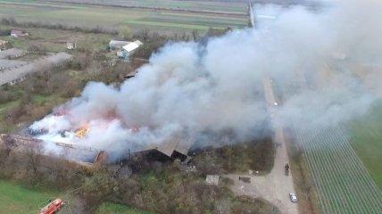 Город в дыму: в Закарпатской обл. горели склады с химическими отходами