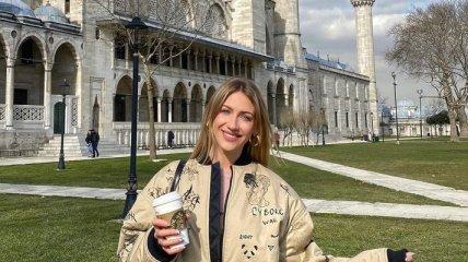 """""""Такой себе из меня экскурсовод"""": Леся Никитюк показала фанатам свою прогулку в Стамбуле (видео)"""