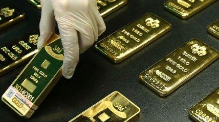 НБУ установил цену на банковские металлы