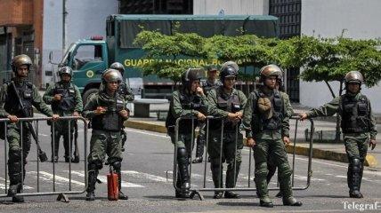 В Венесуэле террористы напали на военную базу