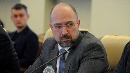 Шмыгаль о поездке Медведчука в оккупированный Крым: Отношусь к этому критически негативно