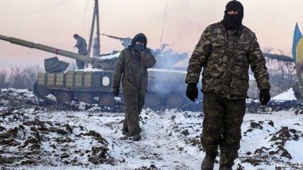 Боевики за ночь 10 раз обстреляли позиции сил АТО