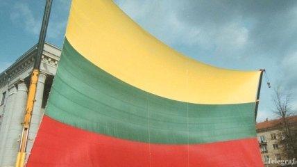 Литва передала медоборудование для Центра крови