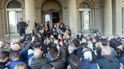 В Белграде демонстранты пытались ворваться в мэрию