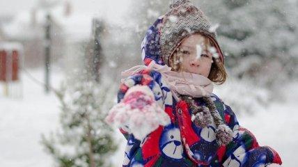 Как избежать обморожений: доктор Комаровский рассказал, как правильно одевать ребенка на улицу