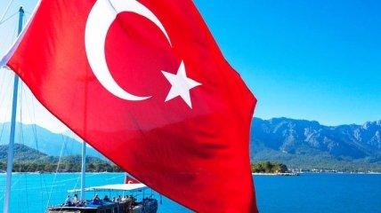 Турция меняет правила въезда в страну из-за коронавируса: что важно знать туристам