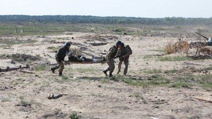 Военным медикам хотят дать статус участников боевых действий