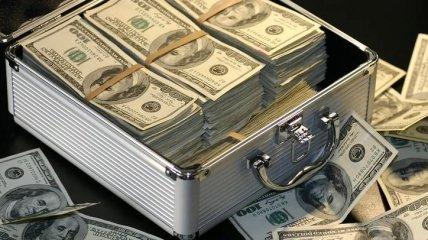 НБУ: українці вивели з банків 2,75 млрд грн за місяць
