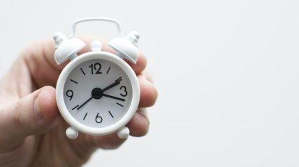 Что нужно знать о переводе часов на зимнее время в Украине